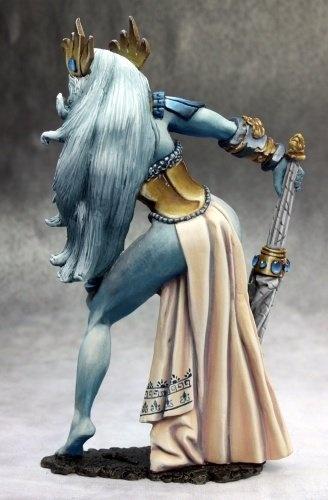 Reaper Yephima Female Cloud Giant Miniature 1